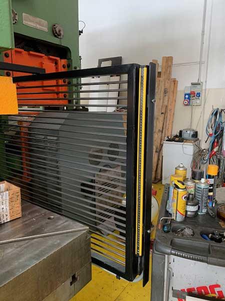 fornitura-di-fotocellule-laser-per-presse