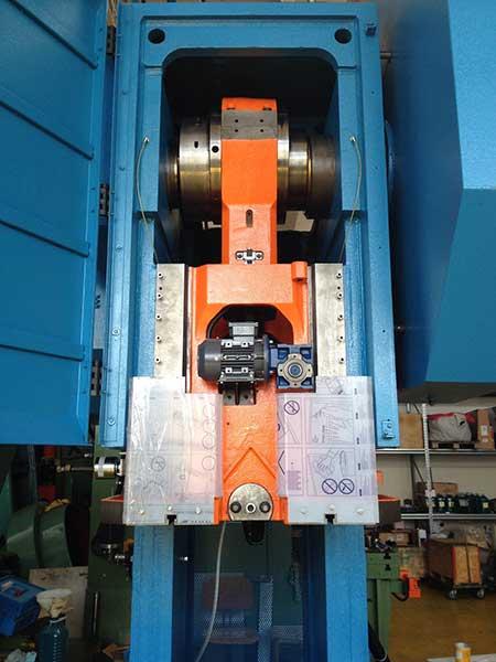 presse-meccaniche-elmea-per-deformazione